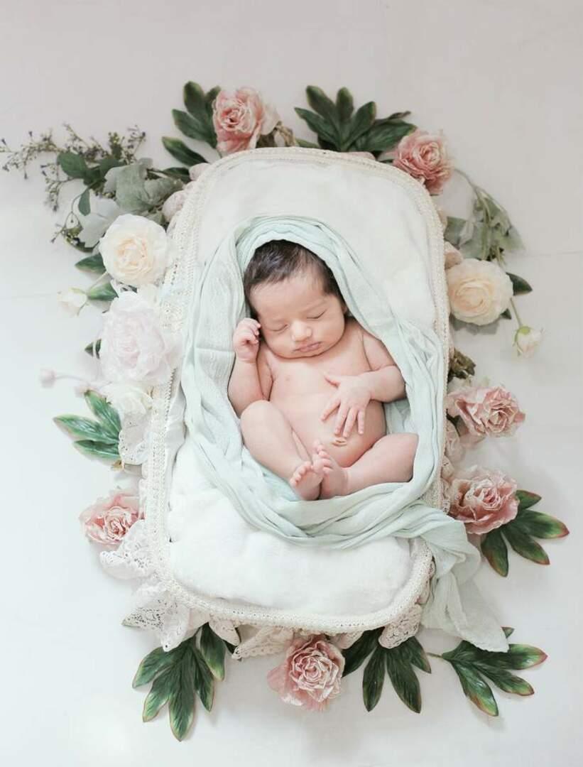 نمونه عکس نوزاد