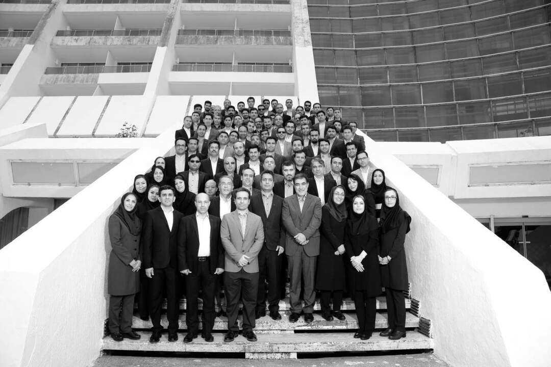 نمونه عکس تیمی و شرکتی