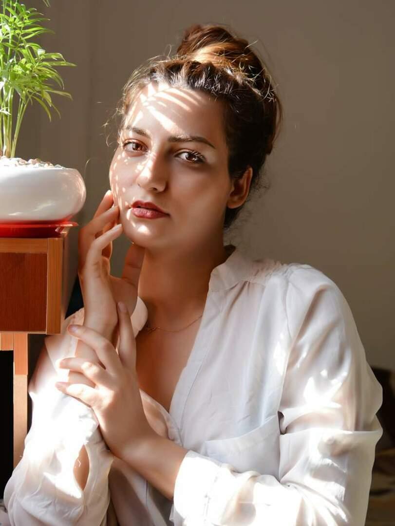 نمونه عکس چهره - پروفایل
